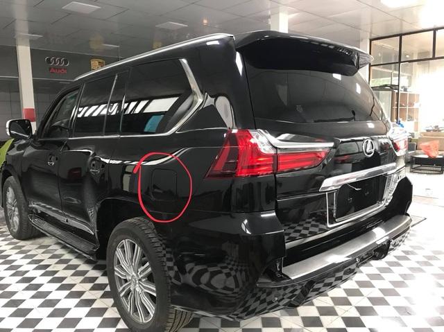 Dân chơi Việt lột xác 'đồ cổ' Lexus LX 470 thành LX 570 đời mới: Xe 1 tỷ trông như xe 8 tỷ, người thường khó nhận ra - Ảnh 5.