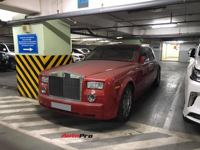 Sau Lamborghini Huracan, tới lượt Rolls-Royce Phantom độc nhất Việt Nam nằm phủ bụi trong hầm gửi xe - Ảnh 1.