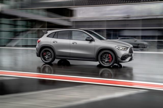 Ra mắt Mercedes-AMG GLA 45 - Đỉnh cao của dòng G thấp nhất - Ảnh 3.