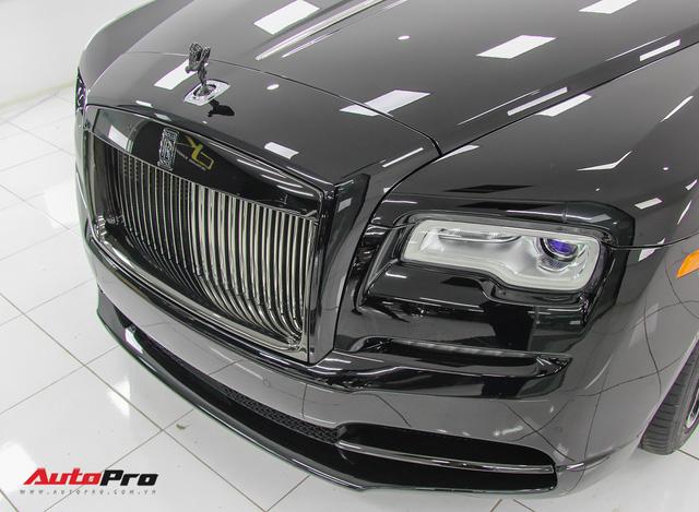 Sở hữu Rolls-Royce Wraith Black Badge đầu tiên Việt Nam nhưng chỉ chạy 4.000 km, đại gia Hà Nội bán xe với giá hơn 10 tỷ đồng - Ảnh 2.