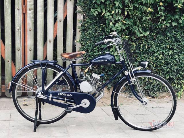 Xe máy Honda cổ 73 tuổi giá 65 triệu, cả Việt Nam có 3 chiếc - Ảnh 1.