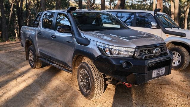 Toyota GR Hilux chuẩn bị xuất hiện với động cơ mạnh hơn 'vua bán tải' Ford Ranger Raptor
