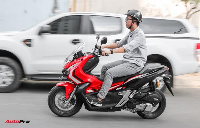 Đánh giá Honda ADV 150 ABS: Lựa chọn dành cho những người đã chán ngấy xe tay ga quốc dân SH - Ảnh 2.