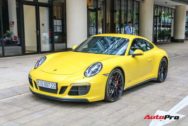 Bắt gặp Porsche 911 Carrera GTS vàng hành tung bí ẩn nhất Việt Nam - Ảnh 2.