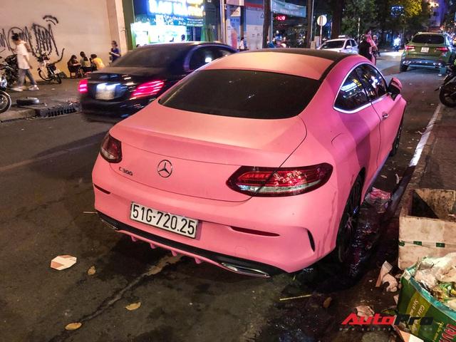 Mercedes-Benz C 300 AMG Coupe hàng hiếm tại Việt Nam còn gây chú ý hơn với màu ngoại thất chói chang - Ảnh 3.