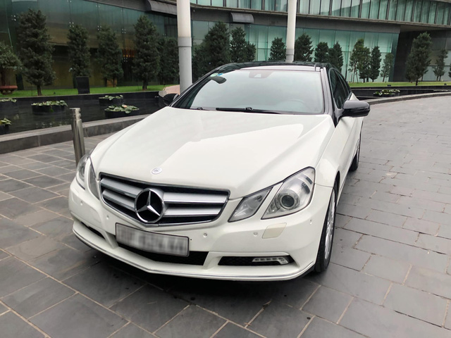 Chàng trai rao bán Mercedes-Benz hàng hiếm của mẹ với giá 890 triệu đồng, khẳng định sử dụng cực giữ gìn - Ảnh 1.