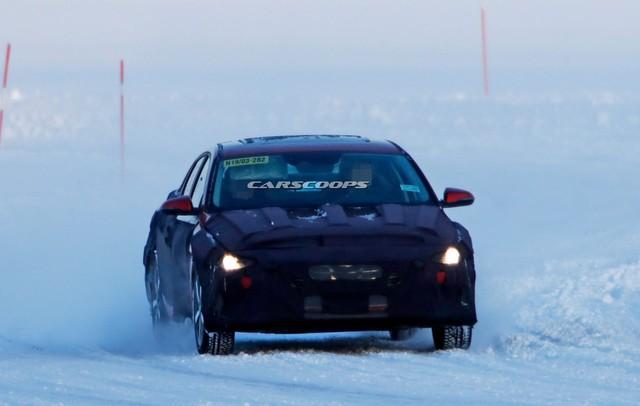 Cạnh tranh Mazda3, Hyundai Elantra tiếp tục lột xác theo hướng dữ dằn hơn - Ảnh 1.