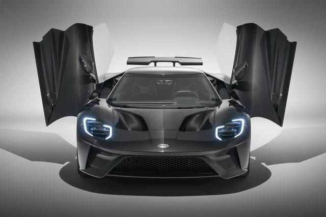 Ford GT âm thầm được nâng cấp trước sự chú ý đổ dồn vào Chevrolet Corvette C8 chính thức đi vào lắp ráp - Ảnh 3.
