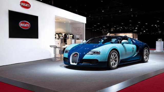 Muon biet chiec Bugatti trong garage hien tai co phai hang chinh hang khong hay mang rat nhieu tien toi hoi chinh thuong hieu Phap!