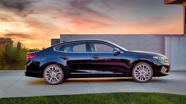Kia K7 2020 có lưới tản nhiệt siêu to khổng lồ như BMW 7-Series, nội thất lột xác khỏi thiết kế lỗi thời của bản cũ - Ảnh 9.