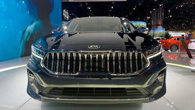 Kia K7 2020 có lưới tản nhiệt siêu to khổng lồ như BMW 7-Series, nội thất lột xác khỏi thiết kế lỗi thời của bản cũ - Ảnh 2.