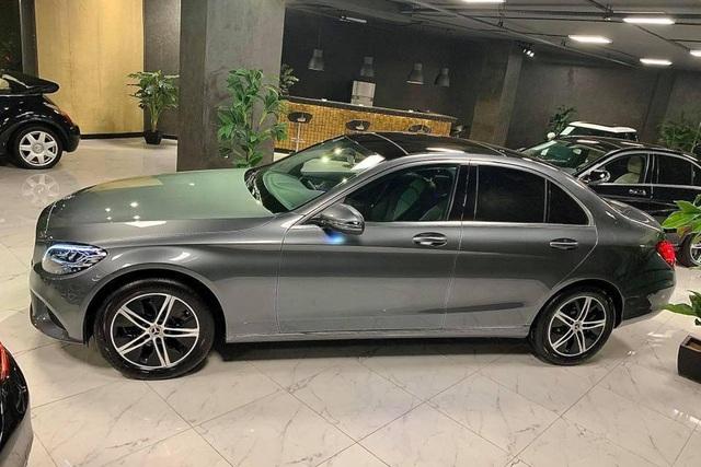 Lộ diện Mercedes-Benz C 180 'giá rẻ' sắp bán tại Việt Nam - Xe sang Đức cạnh tranh Toyota Camry, Honda Accord - Ảnh 6.