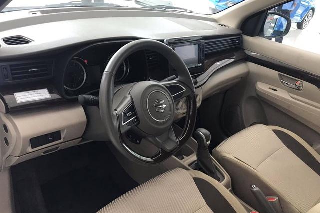 Những cơ hội và thách thức của Suzuki XL7 tại Việt Nam: Theo 'vết xe đổ' của Ertiga hay tạo 'cơn sốt' như Xpander? - Ảnh 3.