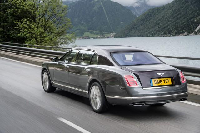 Bentley lý giải nguyên nhân khai tử Mulsanne, Rolls-Royce Phantom mất đối thủ - Ảnh 2.