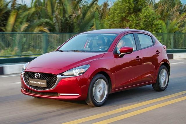 Xe nhỏ bỏ mác xe cỏ tại Việt Nam: Mazda2 thêm 'option' như xe tiền tỷ, Vios làm điều chưa từng có - Ảnh 1.
