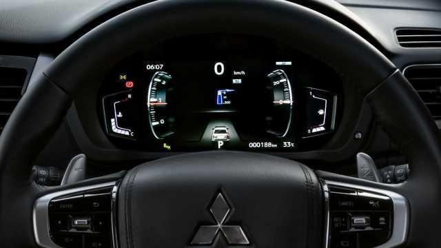 Mitsubishi Pajero Sport 2020 cập cảng Việt Nam, hứa hẹn nhiều công nghệ mới đáp trả Toyota Fortuner và Ford Everest - Ảnh 6.