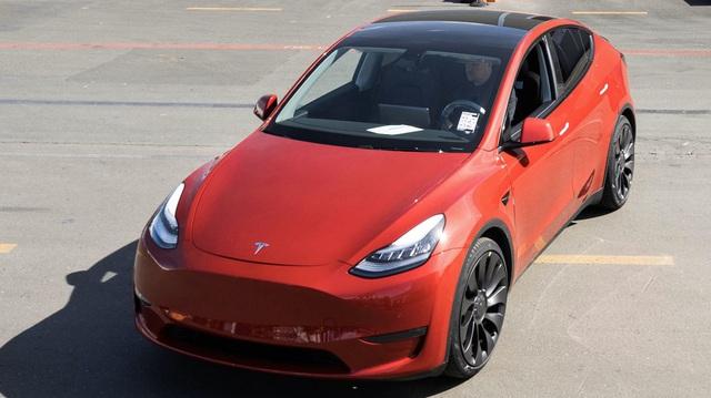 Tesla là thương hiệu xe điện số 1 toàn cầu, chạm ngưỡng doanh số 1 triệu xe