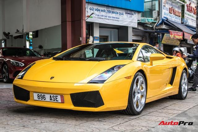 Lamborghini Gallardo từng gắn liền với tên tuổi Cường Đô-la bất ngờ tái xuất trên phố Sài Gòn - Ảnh 1.