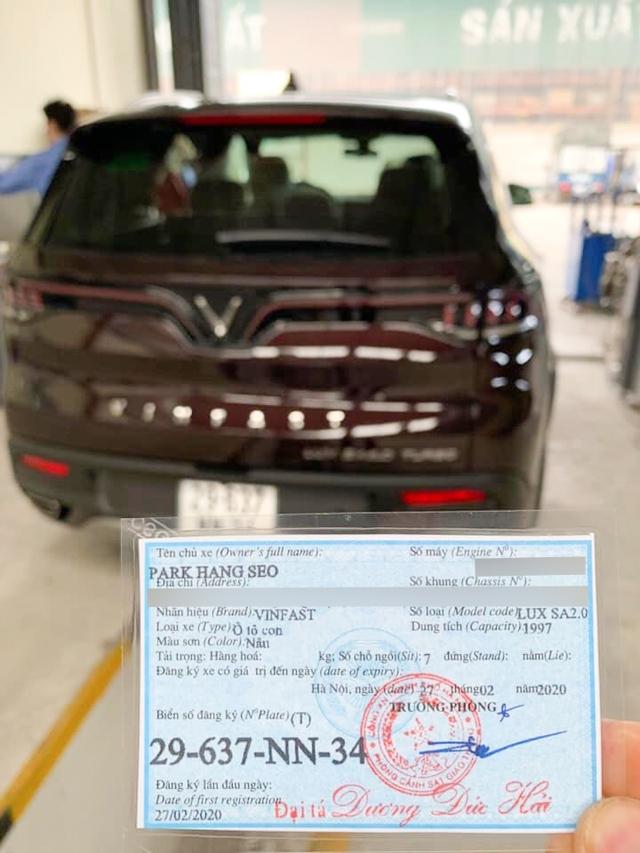 Lộ diện biển số xe VinFast của HLV Park Hang Seo, ký tự trên biển số gây tò mò - Ảnh 1.