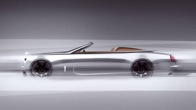 Siêu phẩm mui trần Rolls-Royce Dawn Silver Bullet chào hàng đại gia, hứa hẹn chuyến đi kỳ thú nếu mua xe - Ảnh 1.