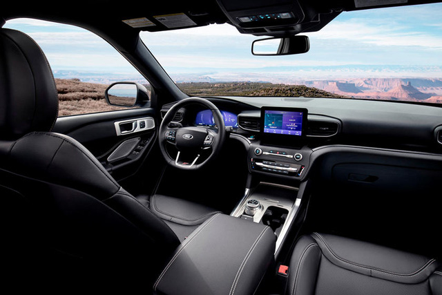 Bị chê tơi tả, Ford Explorer bán tệ thảm hại nhưng tiết lộ của lãnh đạo hãng lại gây ngạc nhiên - Ảnh 2.