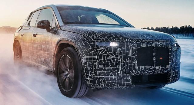BMW iNext - Xe đầu tiên không bị chê về tản nhiệt khổng lồ  - Ảnh 1.