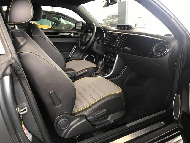 2 năm tuổi, hàng hiếm Volkswagen Beetle Dune vẫn có giá đắt ngang Mazda CX-8 mua mới - Ảnh 4.