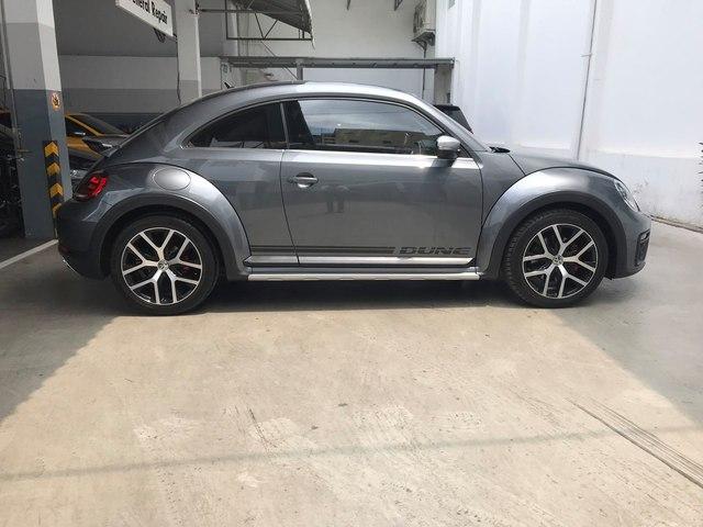 2 năm tuổi, hàng hiếm Volkswagen Beetle Dune vẫn có giá đắt ngang Mazda CX-8 mua mới - Ảnh 2.