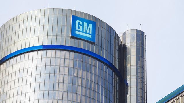 GM rút khỏi Úc, đại lý tính làm căng, đâm đơn kiện theo quy mô lớn