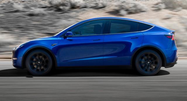 Tesla phá lệ, bàn giao xe cho khách sớm hơn cả mốc dự kiến - Ảnh 1.