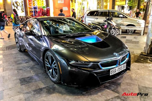 Cộng đồng mạng chê lỗi thời, BMW i8 của đại gia Cà Mau vẫn gây ấn tượng nhờ chi tiết này - Ảnh 3.
