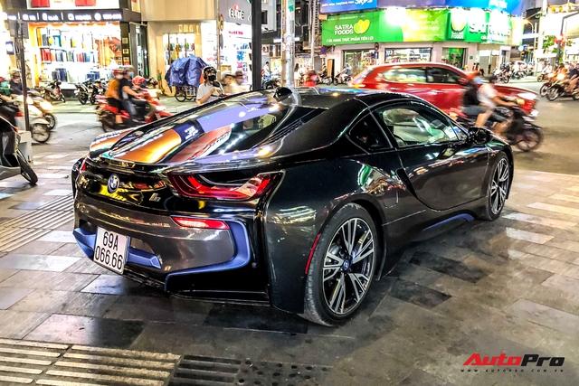 Cộng đồng mạng chê lỗi thời, BMW i8 của đại gia Cà Mau vẫn gây ấn tượng nhờ chi tiết này - Ảnh 4.