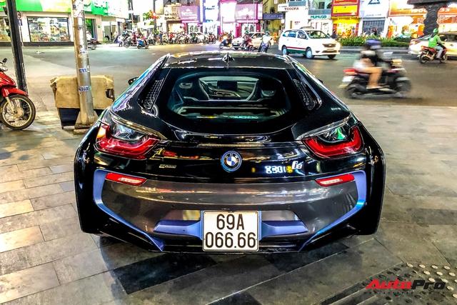 Cộng đồng mạng chê lỗi thời, BMW i8 của đại gia Cà Mau vẫn gây ấn tượng nhờ chi tiết này - Ảnh 6.