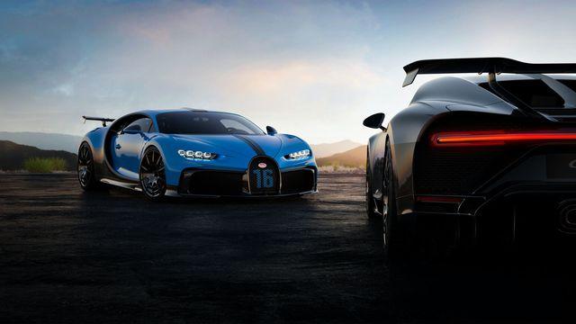Ra mắt xe thời Covid-19: Dàn lãnh đạo Bugatti chào hàng siêu phẩm Chiron Pur Sport mới - Ảnh 3.