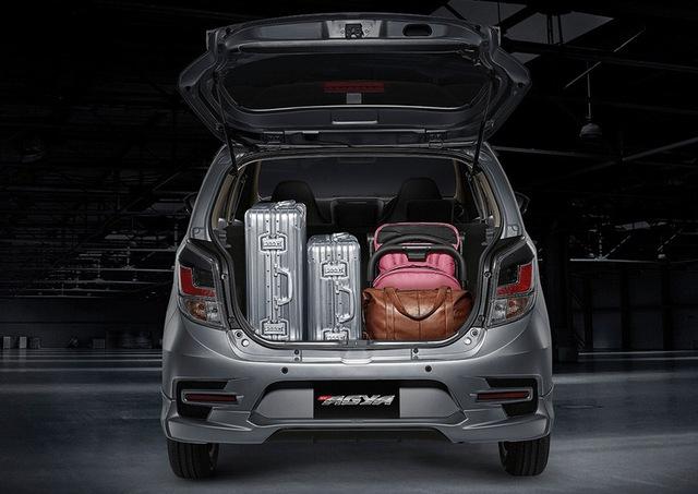 Toyota Wigo 2020 trình làng với đồ chơi mới, chực chờ ngày về Việt Nam đối đầu vua doanh số Hyundai Grand i10 - Ảnh 11.