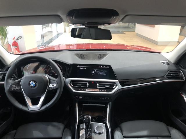 BMW 320i 2020 'giá rẻ' sắp về Việt Nam, cạnh tranh vua doanh số C-Class trong tầm giá dưới 2 tỷ đồng - Ảnh 2.