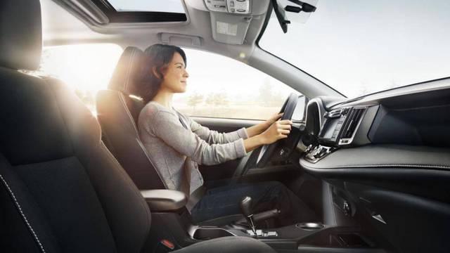Những mẹo thi bằng lái xe ô tô đỗ ngay lần đầu - Ảnh 1.