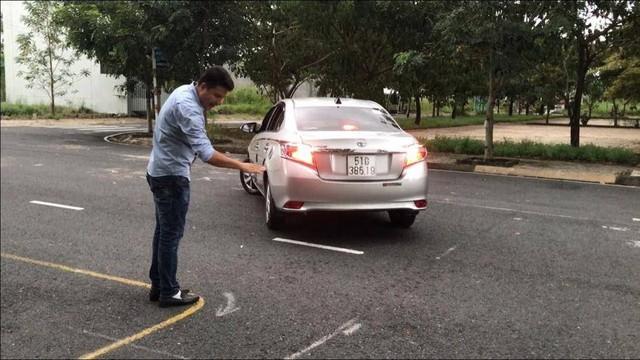 Những mẹo thi bằng lái xe ô tô đỗ ngay lần đầu - Ảnh 3.