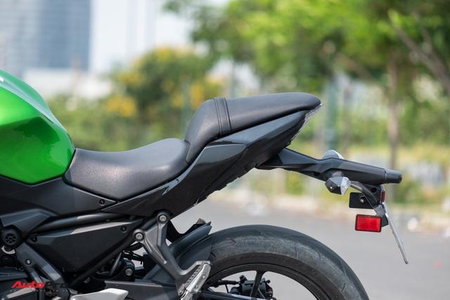 Đánh giá Kawasaki Z650: Naked bike cỡ trung đạt tiêu chí Ngon, bổ, nhưng tạm rẻ - Ảnh 9.
