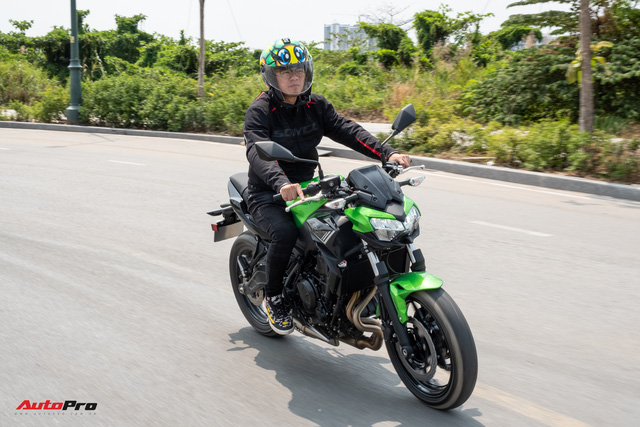 Đánh giá Kawasaki Z650: Naked bike cỡ trung đạt tiêu chí Ngon, bổ, nhưng tạm rẻ - Ảnh 11.