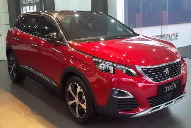 5 mẫu xe cho thấy mốt xe sang châu Âu 'giá rẻ' nhưng vẫn chảnh tại Việt Nam: Cắt trang bị, giảm giá trăm triệu, vợt khách của xe phổ thông - Ảnh 6.