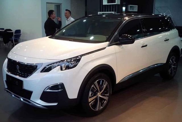 5 mẫu xe cho thấy mốt xe sang châu Âu 'giá rẻ' nhưng vẫn chảnh tại Việt Nam: Cắt trang bị, giảm giá trăm triệu, vợt khách của xe phổ thông - Ảnh 5.