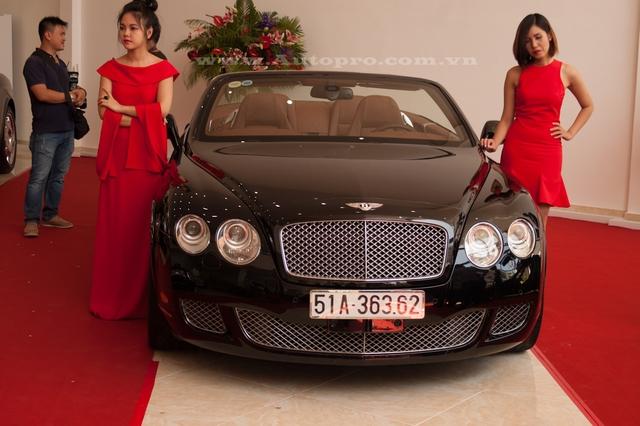 Ủng hộ 36 tỷ cho nhà nước, vua hàng hiệu Johnathan Hạnh Nguyễn còn gây choáng với bộ sưu tập xe tiền tỷ - Ảnh 5.