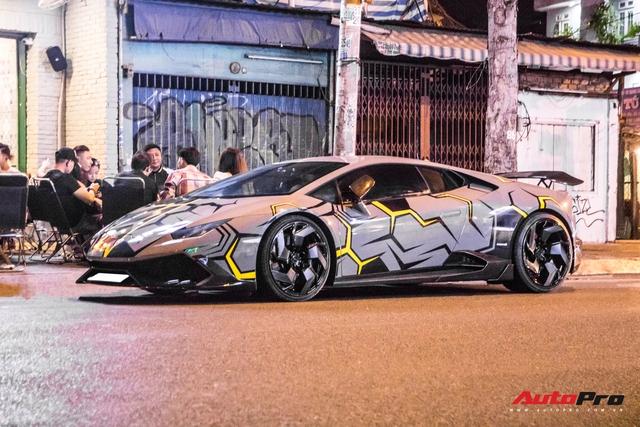 Cận cảnh Lamborghini Huracan độ Mansory lột xác với phong cách rạn nứt tại Sài Gòn - Ảnh 2.