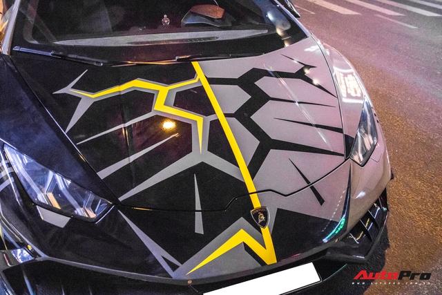 Cận cảnh Lamborghini Huracan độ Mansory lột xác với phong cách rạn nứt tại Sài Gòn - Ảnh 5.