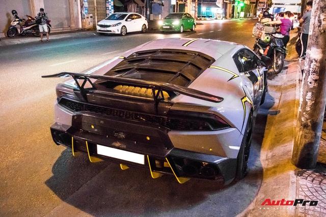 Cận cảnh Lamborghini Huracan độ Mansory lột xác với phong cách rạn nứt tại Sài Gòn - Ảnh 7.