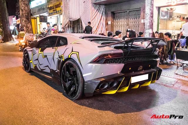 Cận cảnh Lamborghini Huracan độ Mansory lột xác với phong cách rạn nứt tại Sài Gòn - Ảnh 8.