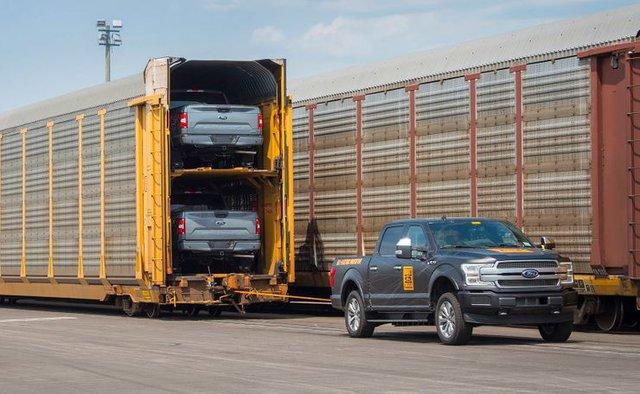 Ford F-Series: Xe đỉnh nhất lịch sử Bắc Mỹ đã thay đổi thế nào qua 72 năm? - Ảnh 16.