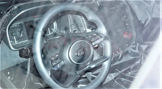 Hé lộ nội thất Hyundai Tucson thế hệ mới sang xịn không kém cạnh Elantra - Ảnh 1.