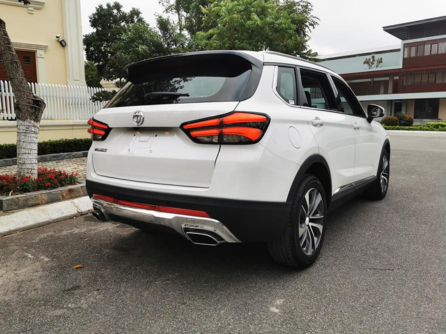 Chi tiết Brilliance V7 giá 738 triệu đồng tại Việt Nam: Đấu Honda CR-V và Mazda CX-5 bằng option và giá rẻ - Ảnh 6.